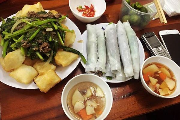 (Huong Mai Sommerrollen Restaurant Hanoi Vietnam