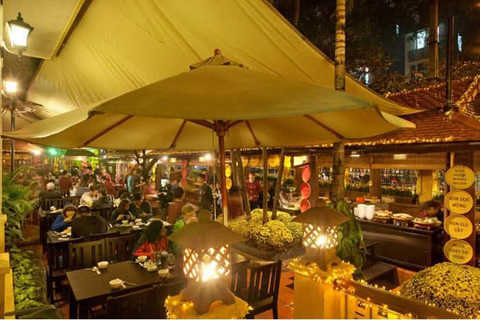 Quan An Ngon Restaurant (18 Phan Boi Chau) Hanoi Vietnam