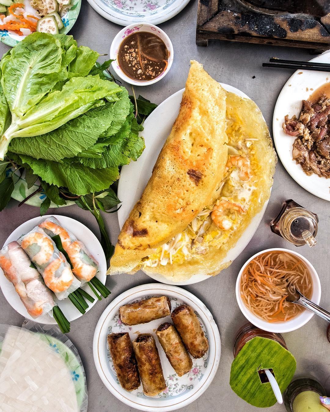 Banh-xeo- Vietnam -Reisen - Essen und Trinken