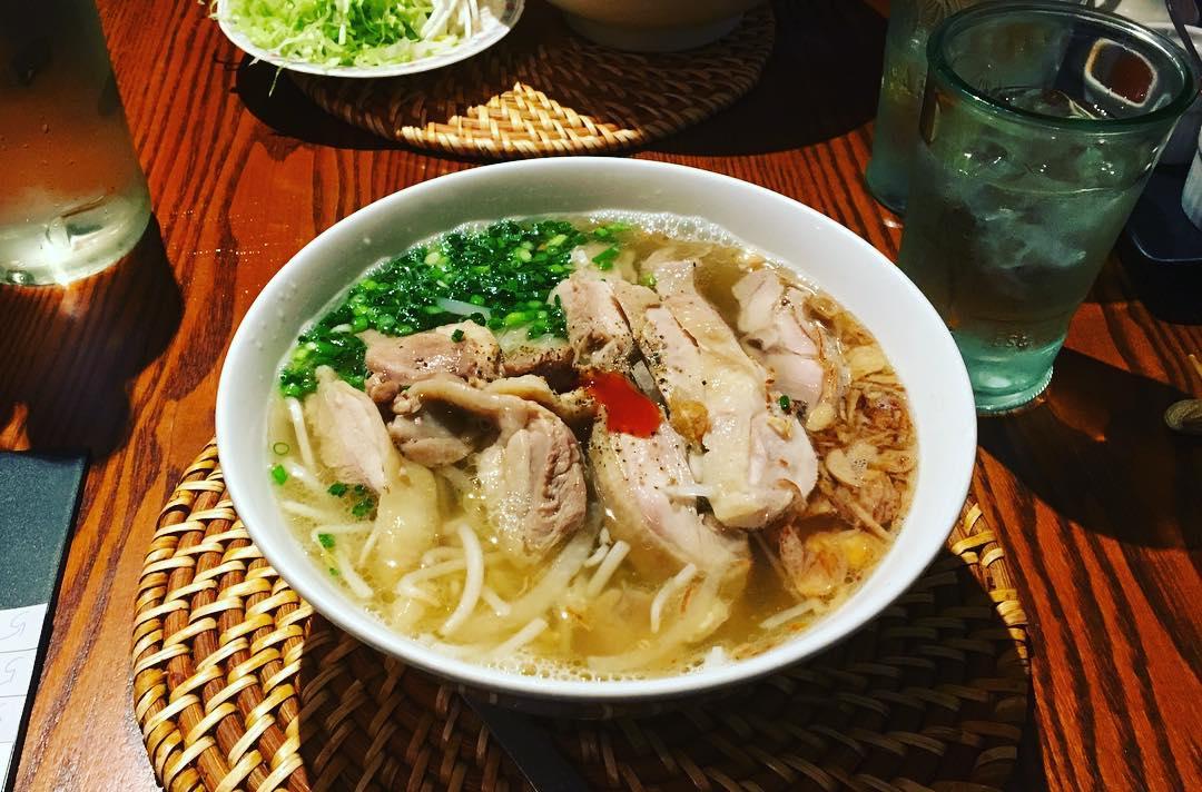 Pho - Vietnam -Reisen - Essen und Trinken 02