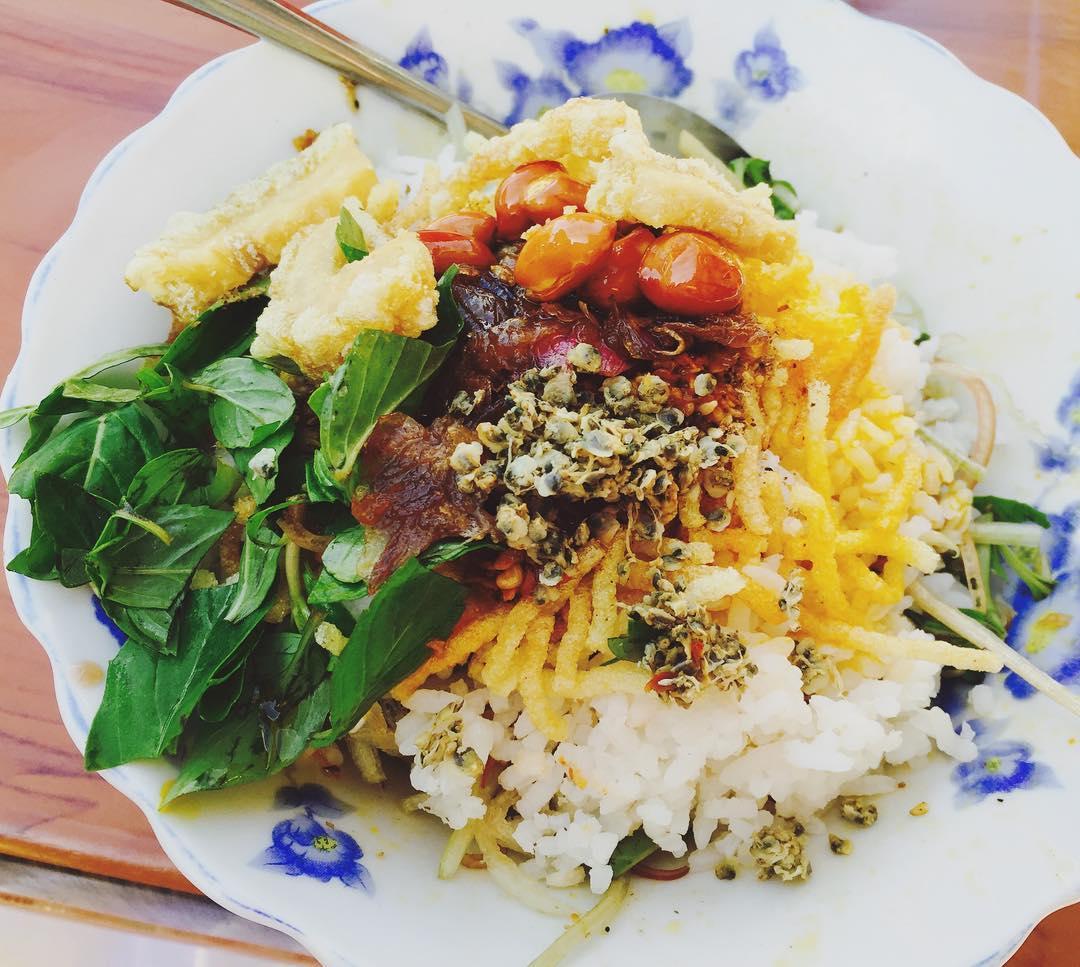com-hen - Vietnam -Reisen - Essen und Trinken 03