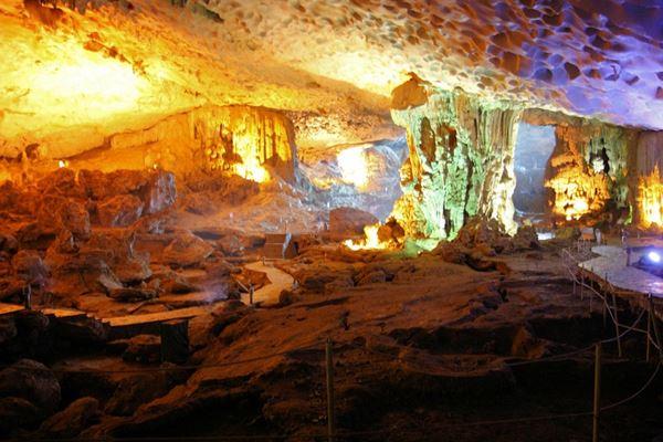 Dau Go Höhle - Halong Bucht: Ein Muss beim Vietnam Rundreisen
