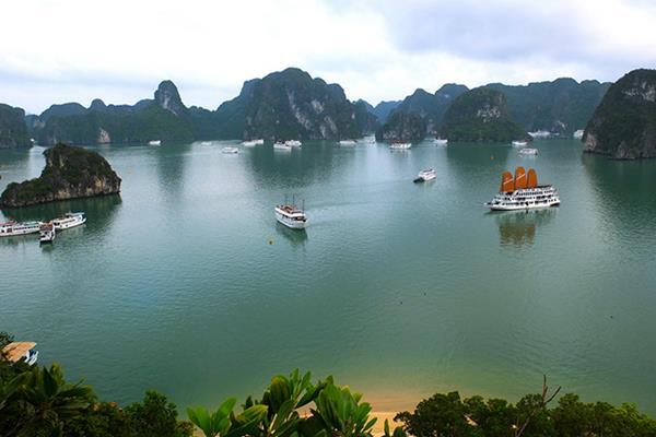 Halong Bucht: Ein Muss beim Vietnam Rundreisen